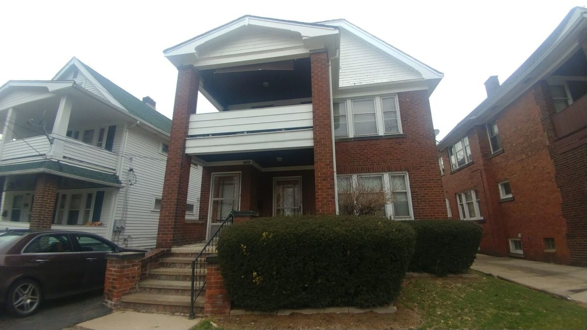 16111 Parkgrove Ave<br>Cleveland, OH 44110
