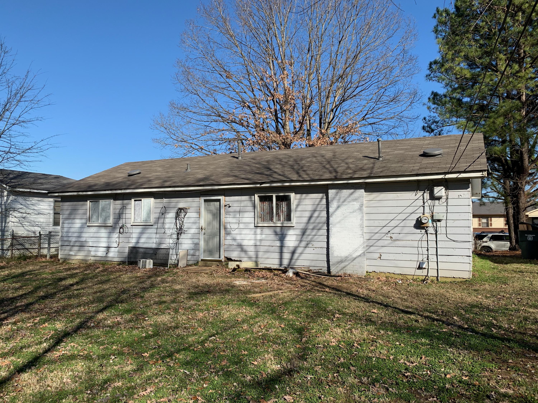 3945 Oakshire St. Memphis, TN 38109