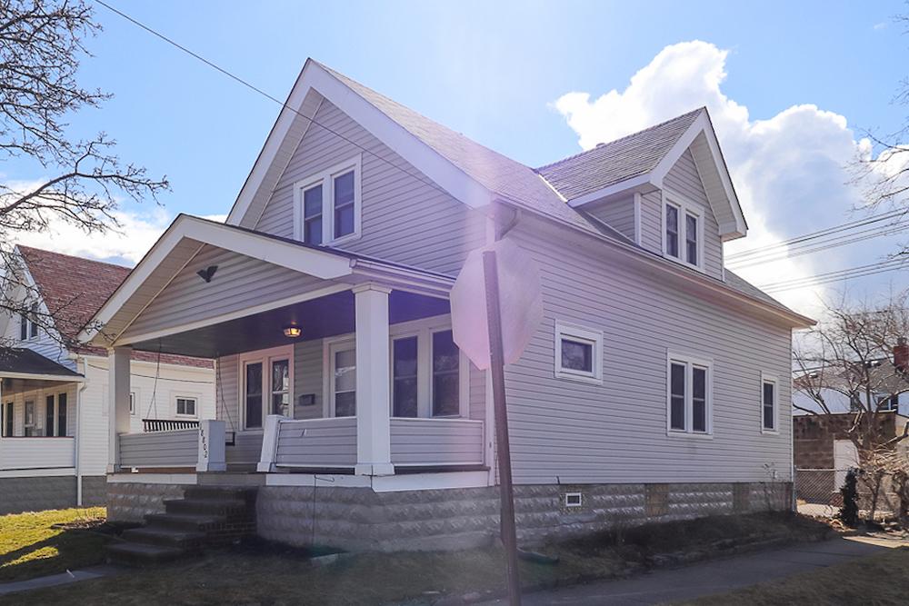 18802 Arrowhead Ave</br> Cleveland, OH 44119