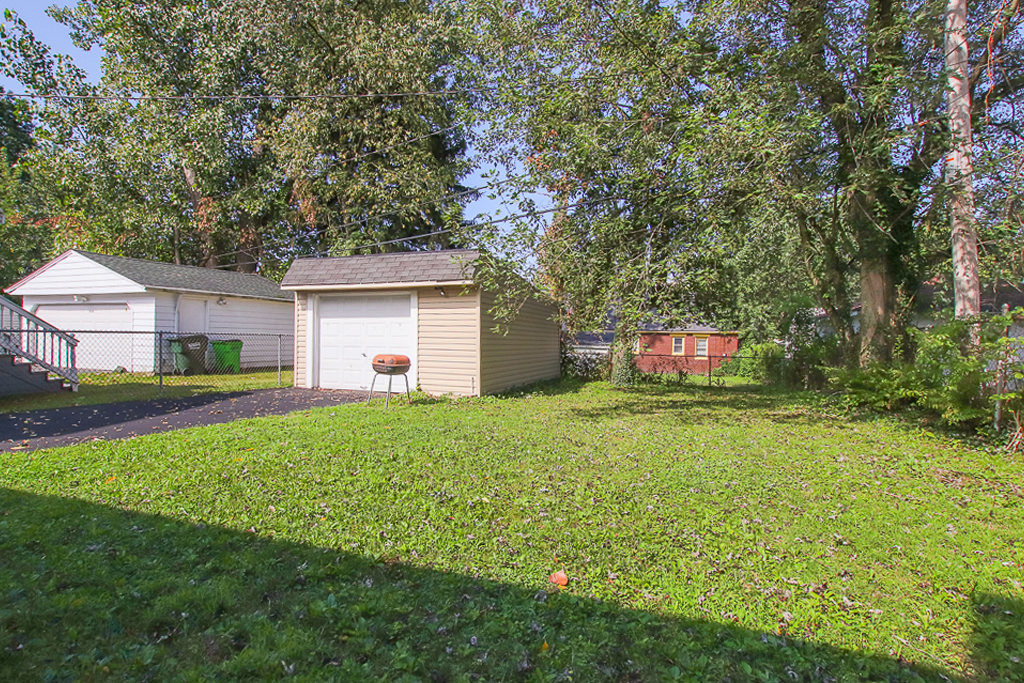 4344 Glenview Rd</br> Cleveland, OH 44128