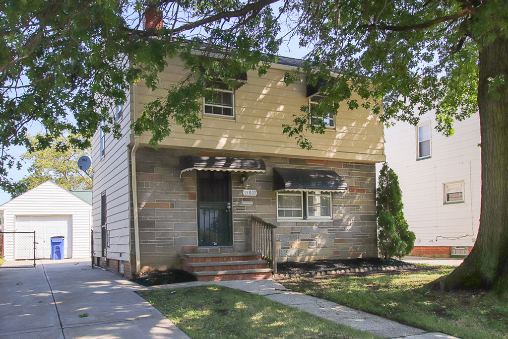 15803 Delrey Ave</br> Cleveland, OH 44128