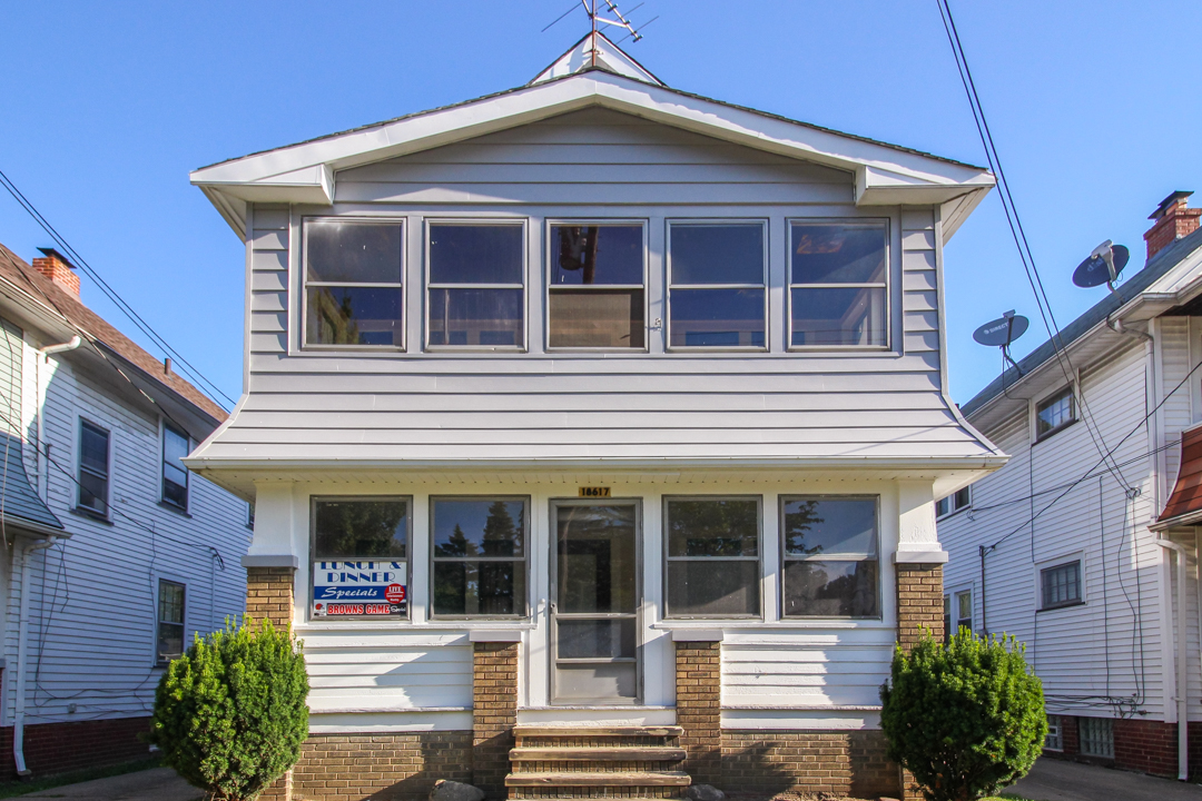 18617 Kewanee Ave</br> Cleveland, OH 44119