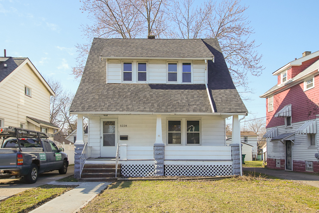 5228 Clement Ave </br> Cleveland, OH 44137