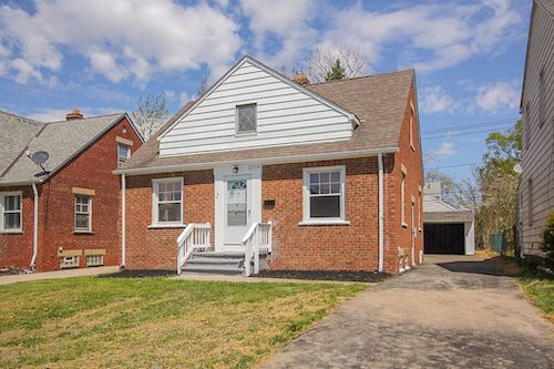 21319 Clare Ave</br> Cleveland, OH 44137