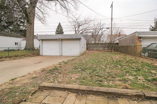 6502 Kenneth Ave</br> Parma, OH 44129