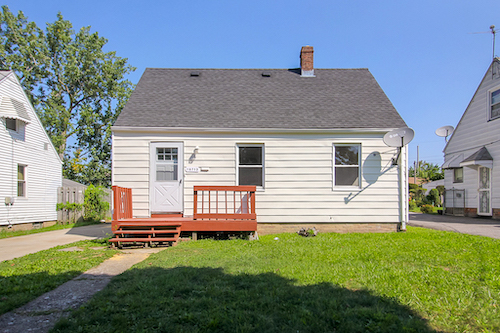 16713 Lotus Dr</br> Cleveland, OH 44128