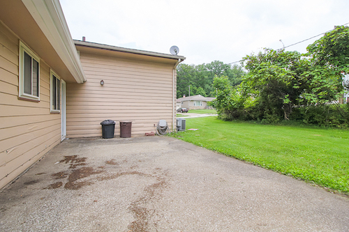 4409 Brookton Rd</br> Warrensville Heights, OH 44128