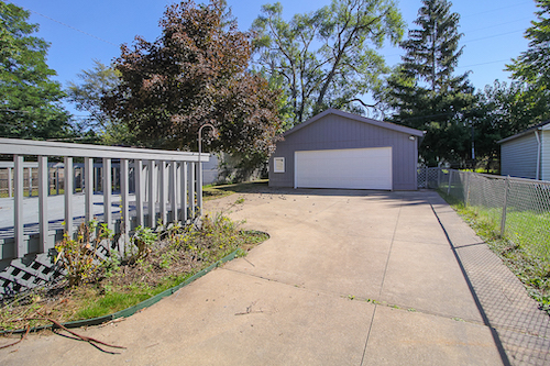 5185 Clement Ave</br> Maple Heights, OH 44137